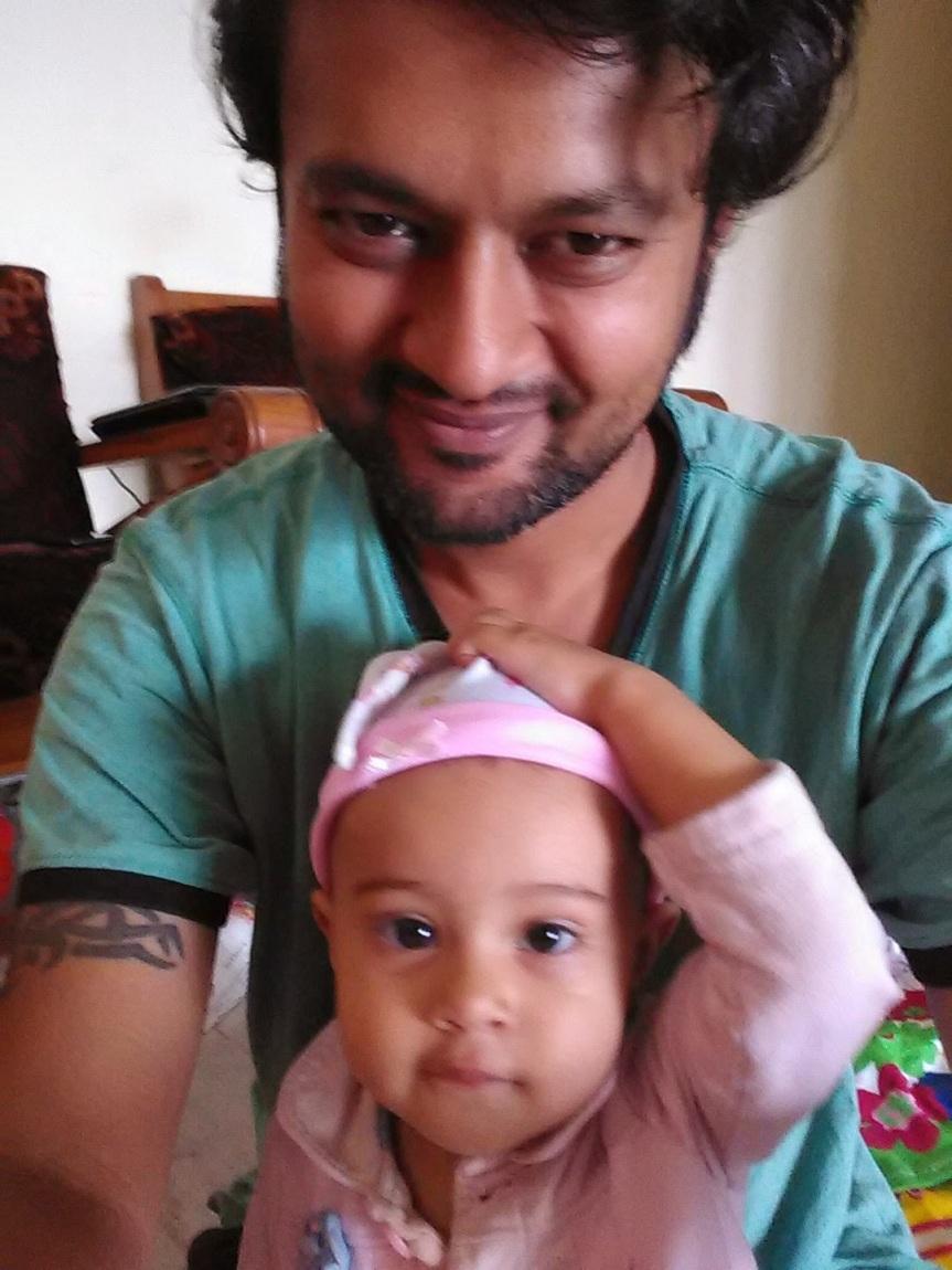 Asha likes hercap